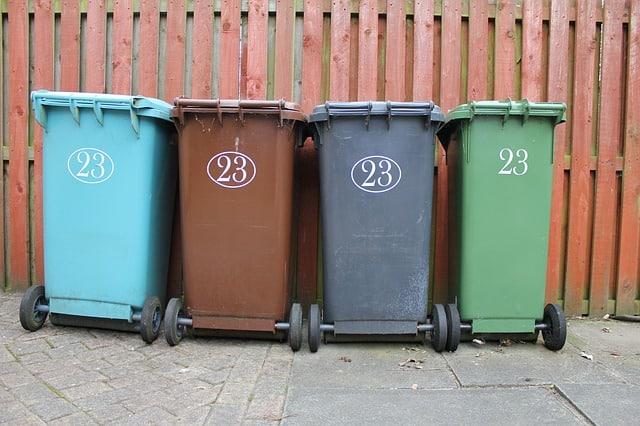 outdoor trash can comparison